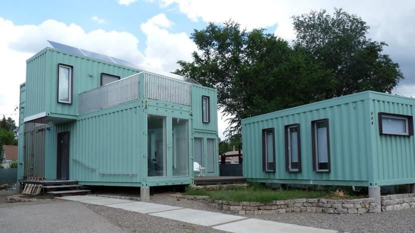 究極のダウンサイズ:輸送コンテナの家に住む