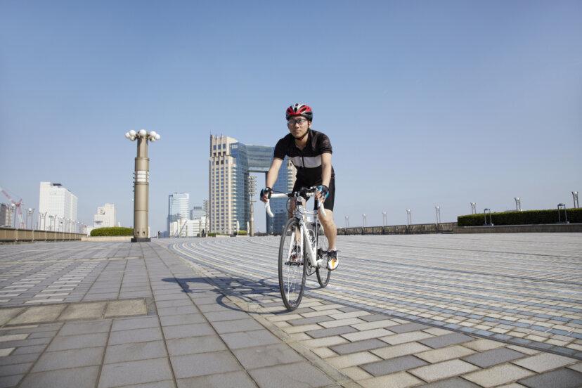 歩道で自転車に乗る方が安全ですか?