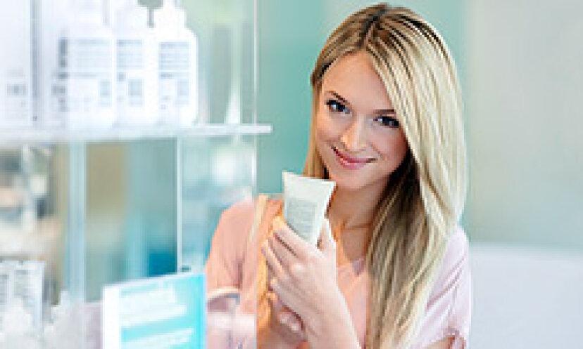 クイックヒント:スキンケア製品に含まれるカフェイン