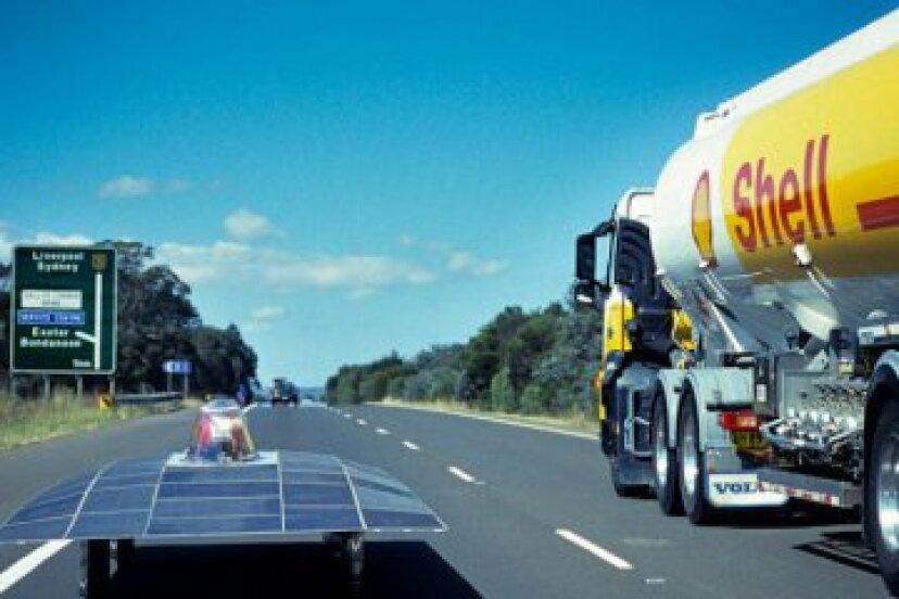 太陽光発電車が通りを引き継ぐことはありますか?
