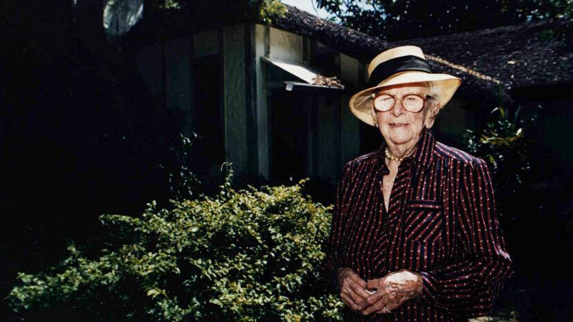 Marjory Stoneman Douglas, Miami hose