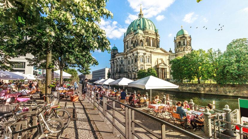 Los alemanes tienen una palabra para los días lentos del final del verano: Sommerloch