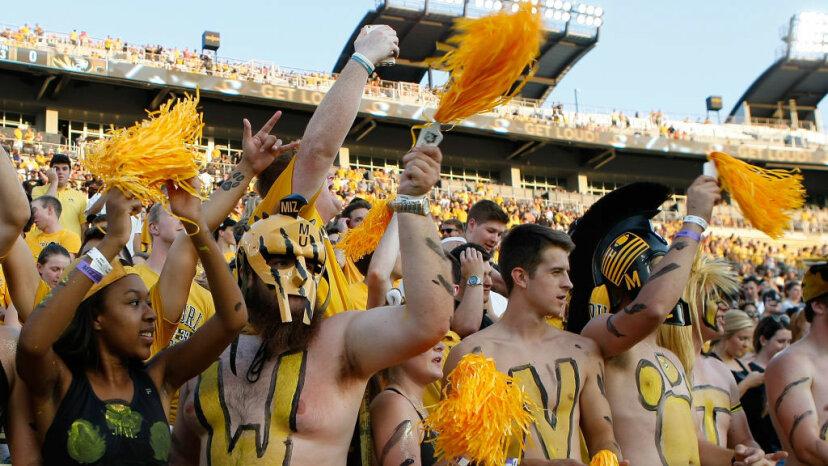 Missouri Tigers fans