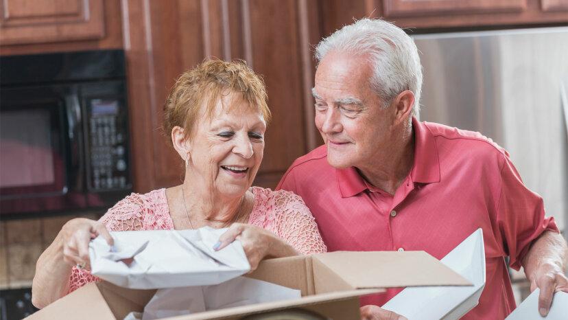 senior couple downsizing