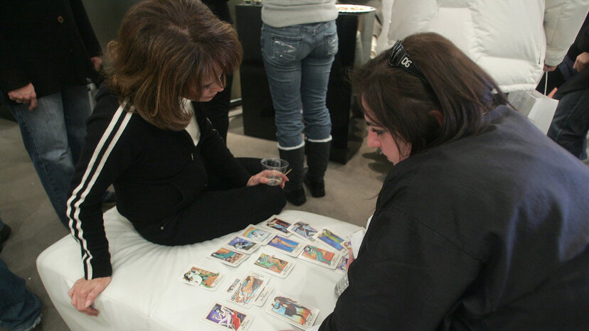 Tarot card reading