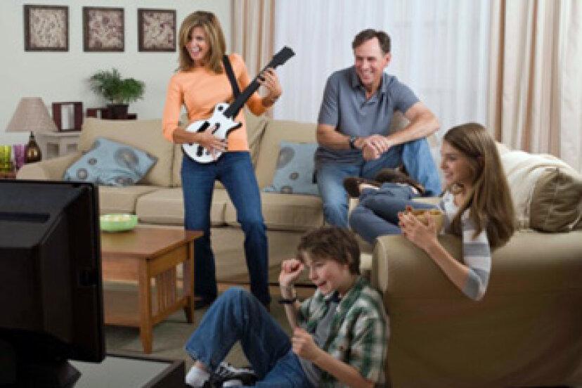 家族が新しい絆を築くのを助けているテクノロジーは何ですか?