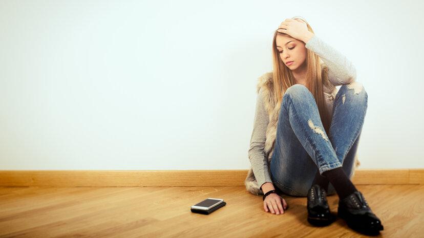 電話のアイデアが深刻な不安を引き起こす場合、あなたは一人ではありません