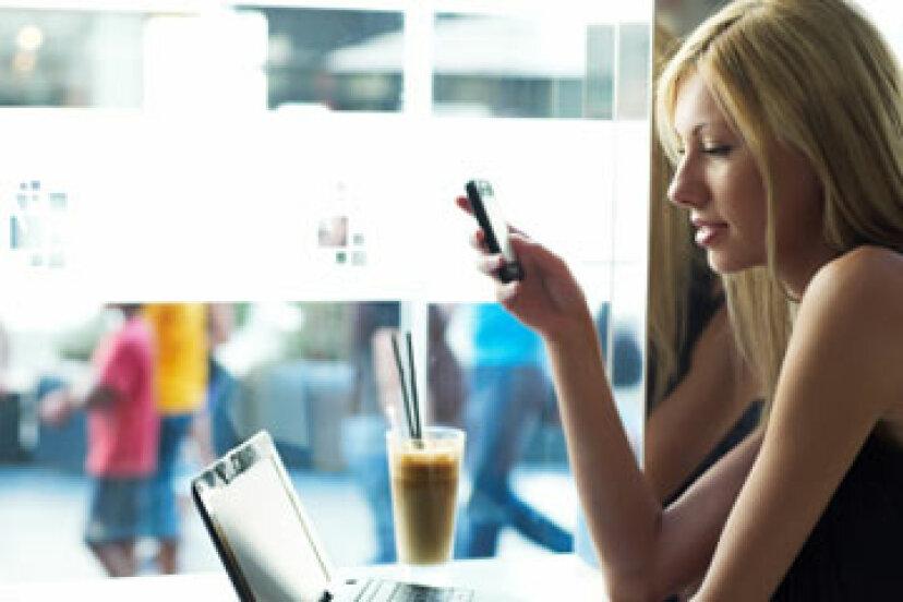 いつテキストメッセージを送信し、いつ電話をかけるかをどのように判断できますか?
