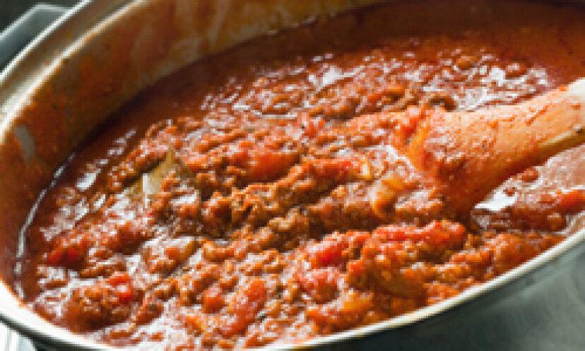 自家製トマトソースをどのように濃くしますか?