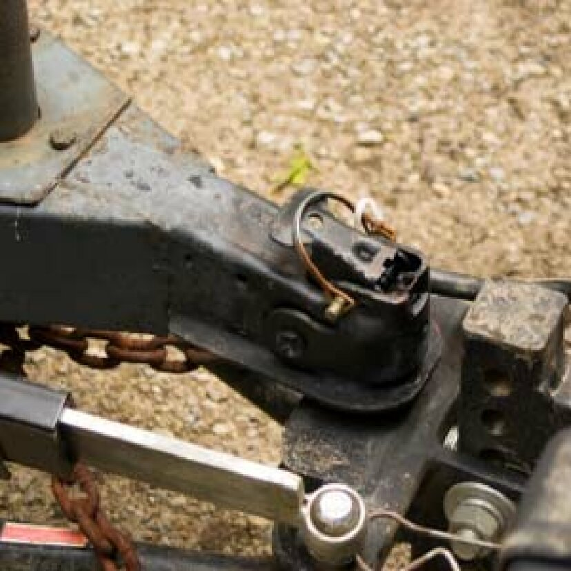 トレーラー牽引の安全性の仕組み