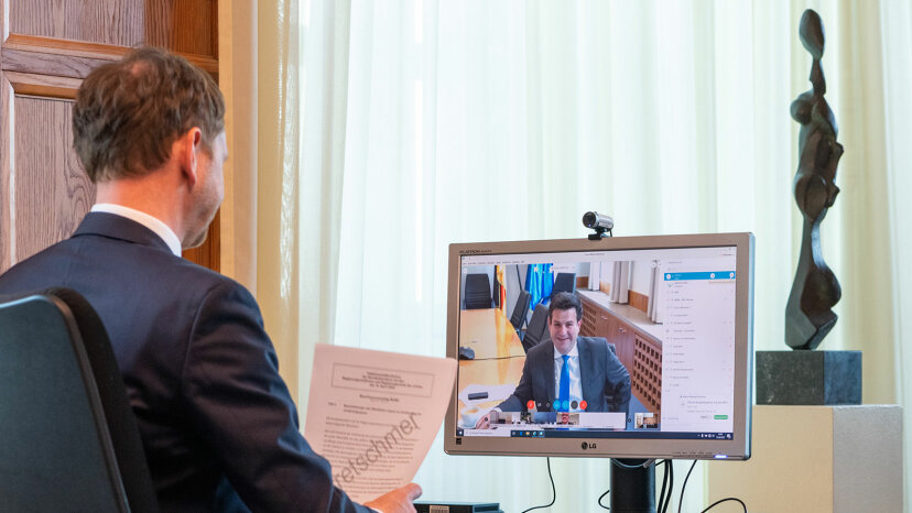 Michael Kretschmer, video conference call