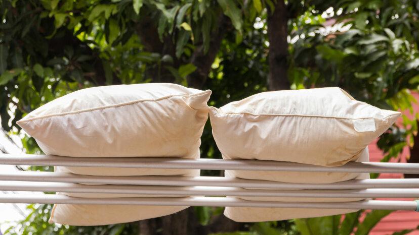 どのくらいの頻度で枕を洗うべきですか?