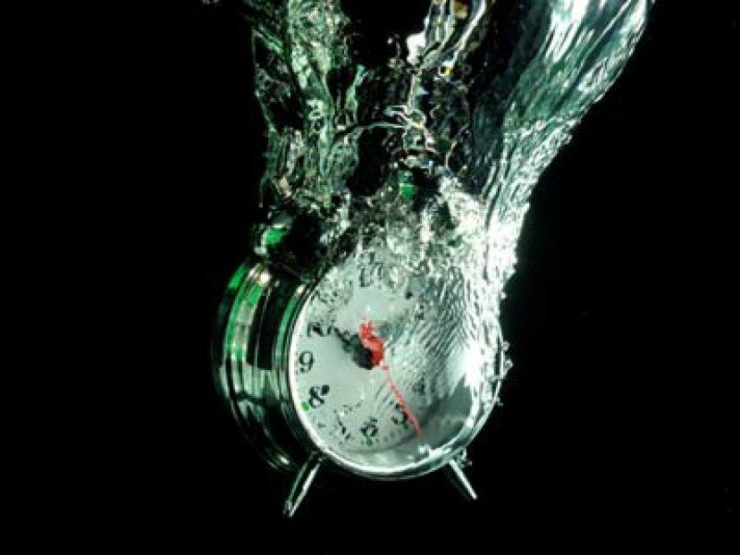 水力時計のしくみ