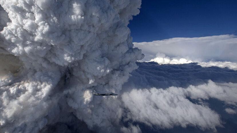 山火事は巨大なPyrocumulonimbus雲を形成する可能性があります