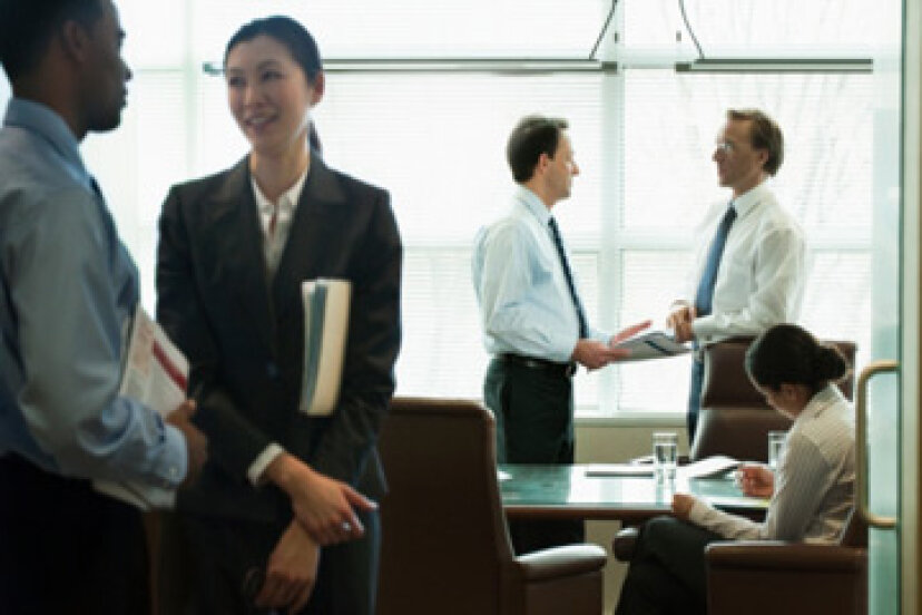 効果的な職場コミュニケーションのための10のヒント