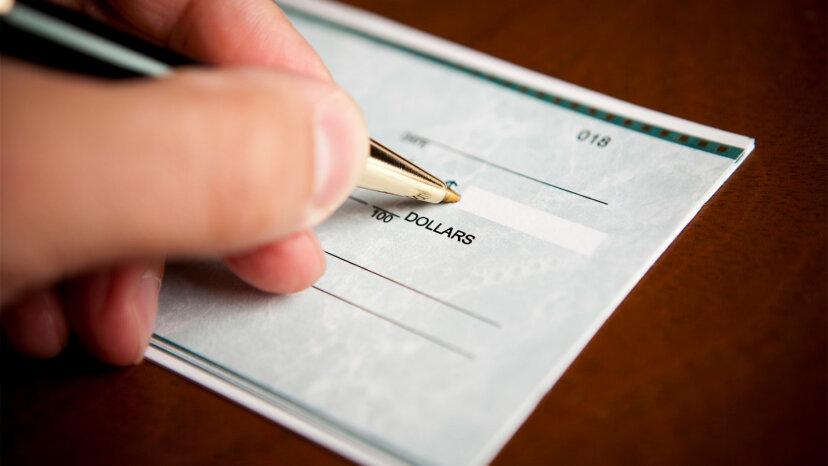 Wie schreibe ich einen Scheck