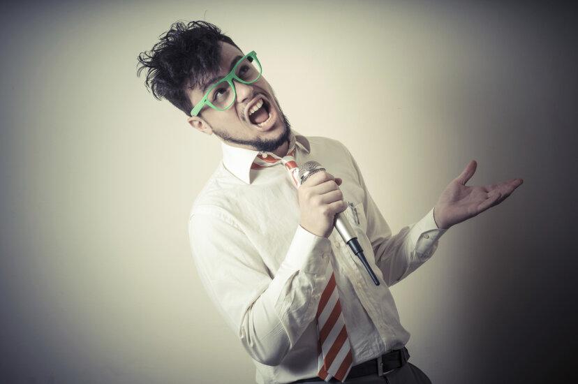 声調の難聴の原因は何ですか?