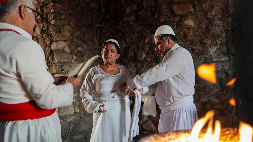 Faiza Fouad, Zoroastrian