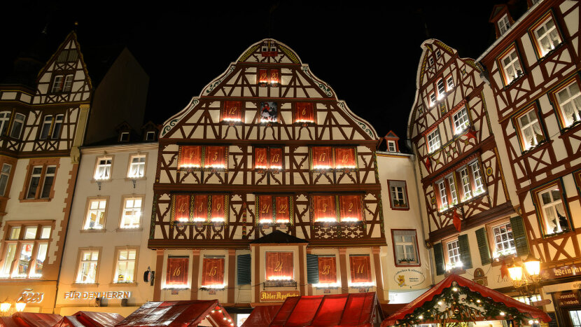 alf-timbered house in Germany is a giant Advent calendar