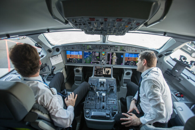 How Do Airline Pilots Know Turbulence Is Coming Up