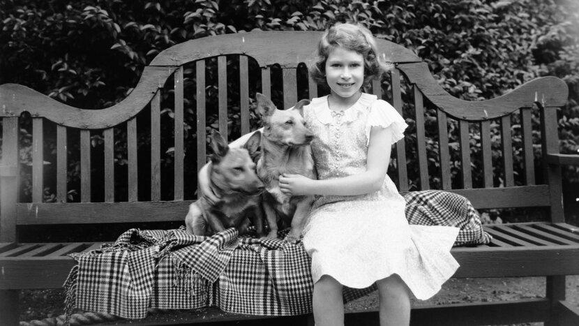 Princess Elizabeth, corgis