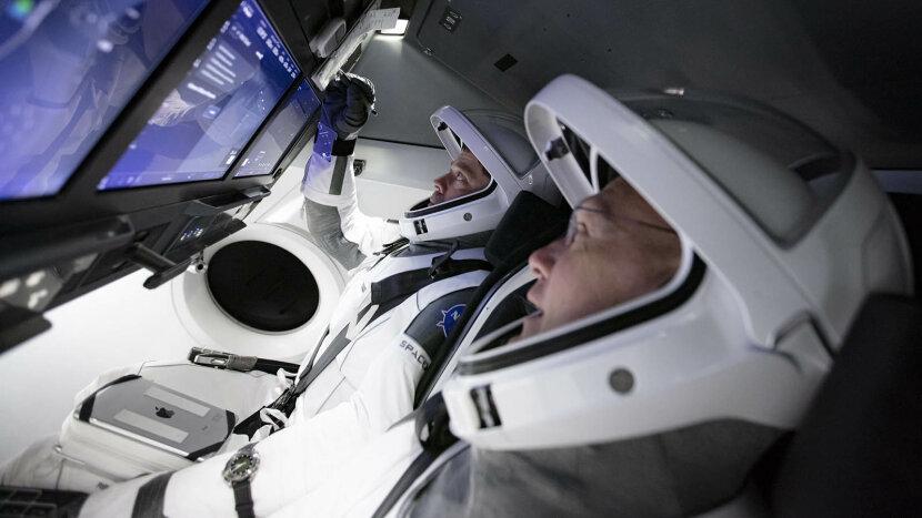 SpaceX's flight simulator