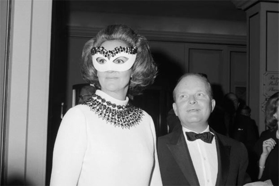 Author Truman Capote, host of the celebrated Black and White Ball, arrives at the Hotel Plaza holding hands with Katherine Graham, the guest of honor. Graham, of course, was the president of the Washington Post and Newsweek magazine. © Bettmann/CORBIS