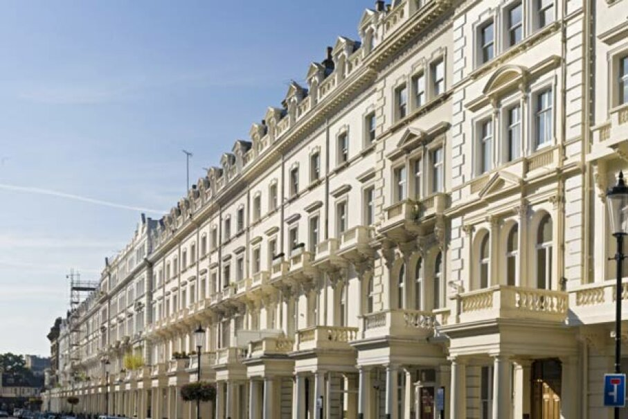 London's exclusive Kensington district, where the Franchuk villa is located. fotoVoyager/Stockbyte/Getty Images