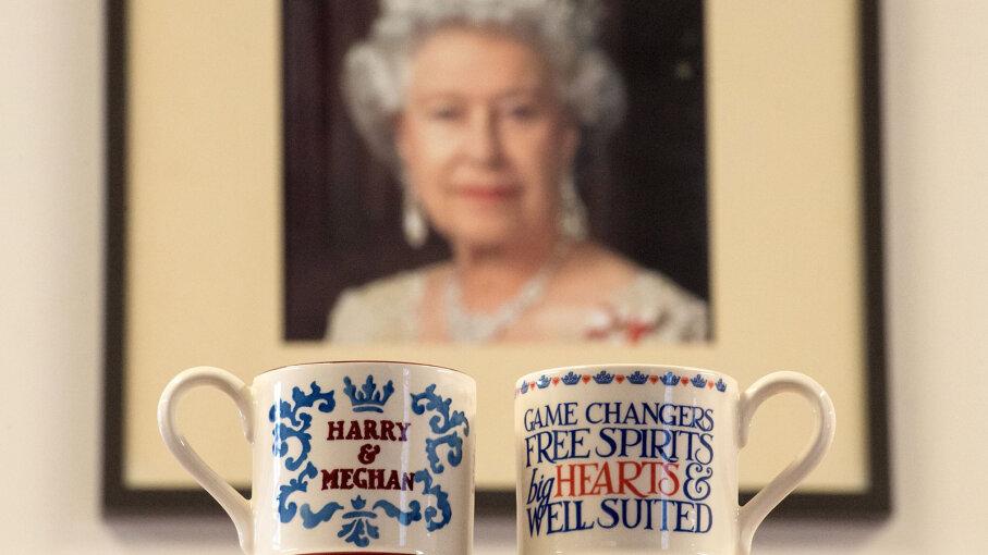 commemorative mug for Prince Harry and Meghan Markle's royal wedding