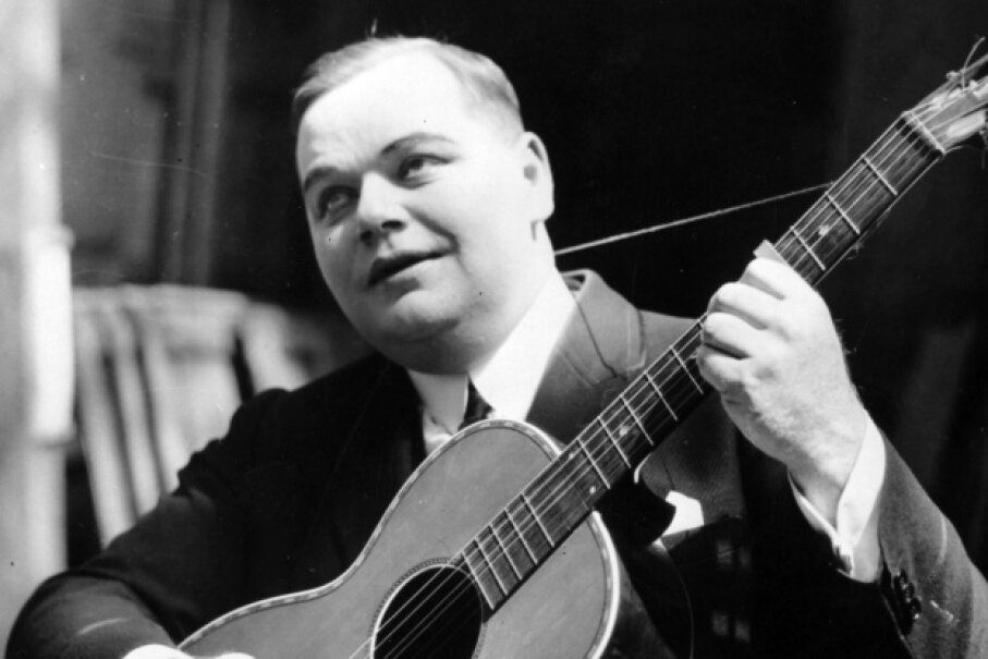 "Modern-day morality clauses in stars' contracts came about because of the tragic scandal that surrounded one of Roscoe ""Fatty"" Arbuckle's parties. Hulton Archive/Getty Images"