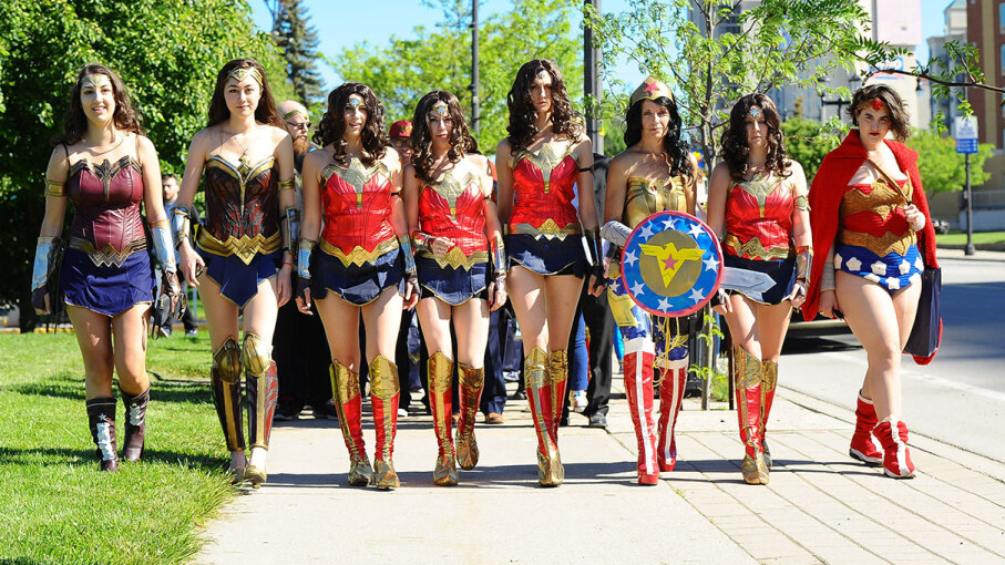 Fans of Wonder Woman celebrate the movie's release at Niagara Falls Comic Con on June 2, 2017. GP Images/Getty Images
