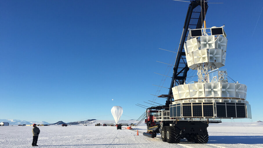 NITA gets ready to launch from Antarctica
