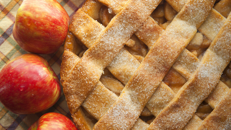 Hosts Anney and Lauren deliver the scoop on apple pie in a new episode of the podcast FoodStuff.  diane39/Vetta/Getty Images