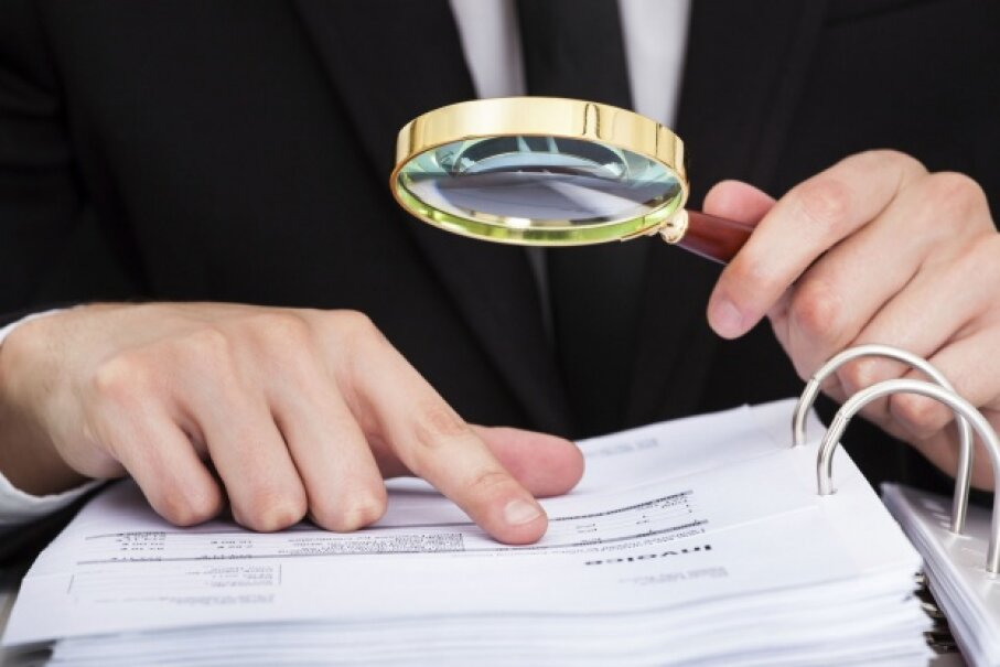 Make sure you've got a thorough understanding of what you are and aren't responsible for in the event of fraudulent use of your accounts. ©iStock/Thinkstock