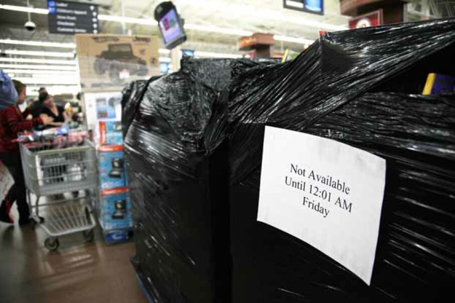 Black Friday specials shrinkwrapped in plastic like these were ripped open early by some sharky consumers in Upland, N.Y. © RICK WILKING/Reuters/Corbis