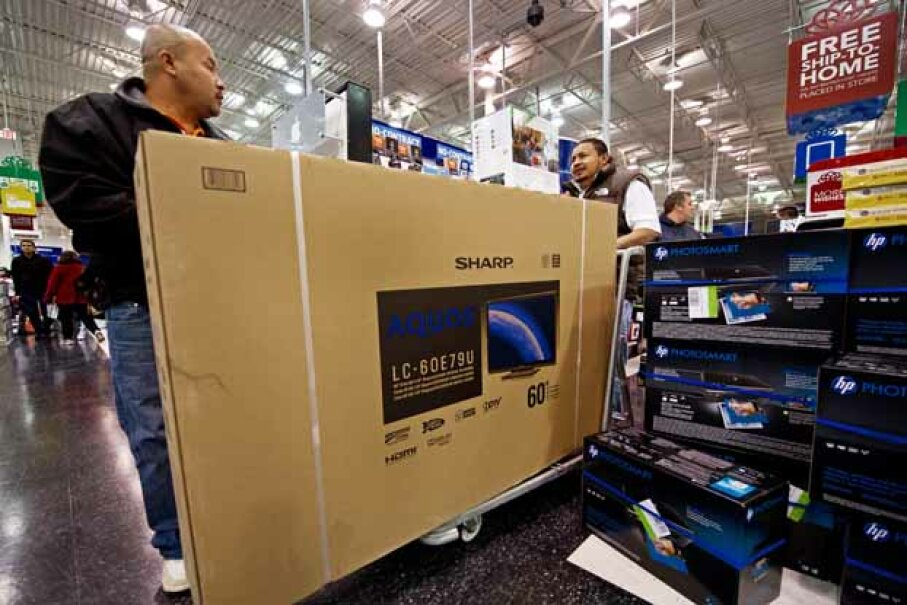 It was a flat screen TV almost as big as this one that caused the customer to apparently forget his car and his girlfriend's son inside it. AUL J. RICHARDS/AFP/Getty Images