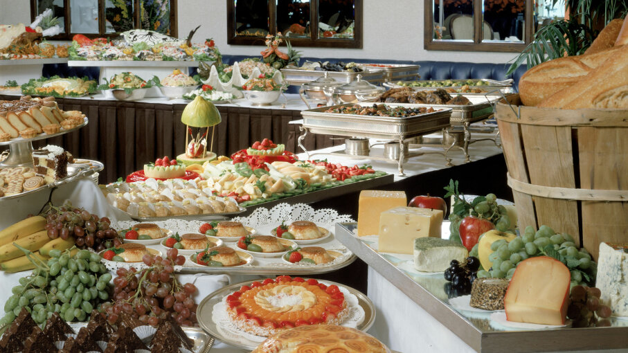 Fabulous Why Restaurants Love Buffets Even More Than You Do Home Remodeling Inspirations Genioncuboardxyz