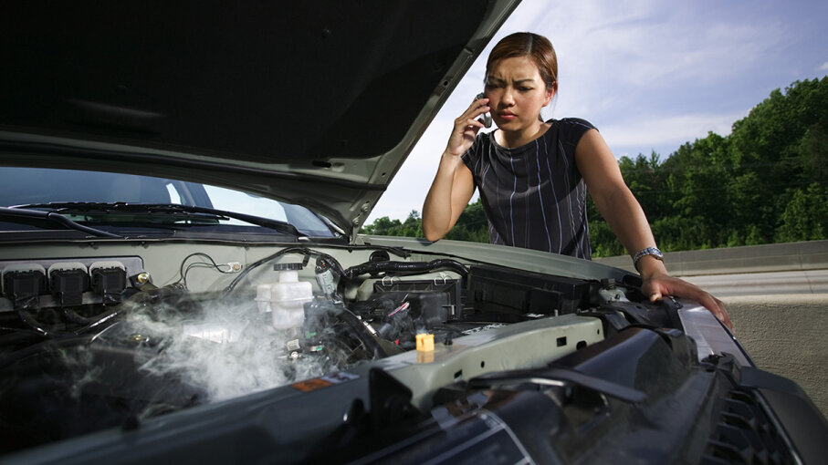 10: Engine Problems - Top 10 Reasons Your Car Is Vibrating
