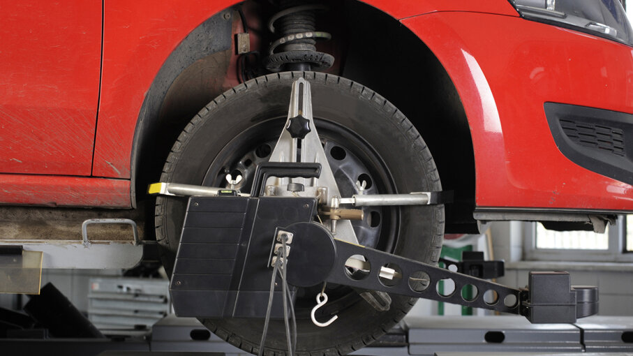 wheel alignment car vibrating
