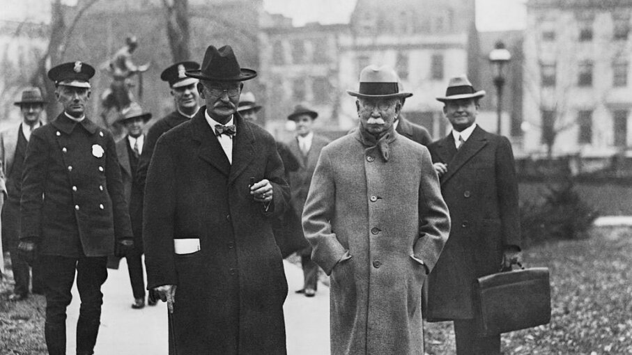 U.S. Secretary of the Interior Albert Fall (R) and American oil magnate Edward Doheny travel to the courthouse, during the Teapot Dome scandal. Fall later went to prison. Bettmann/Getty Images