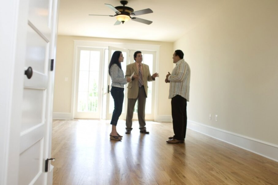 There's work to do before you even start looking at houses with a realtor. ©David Sacks/Digital Vision/Thinkstock