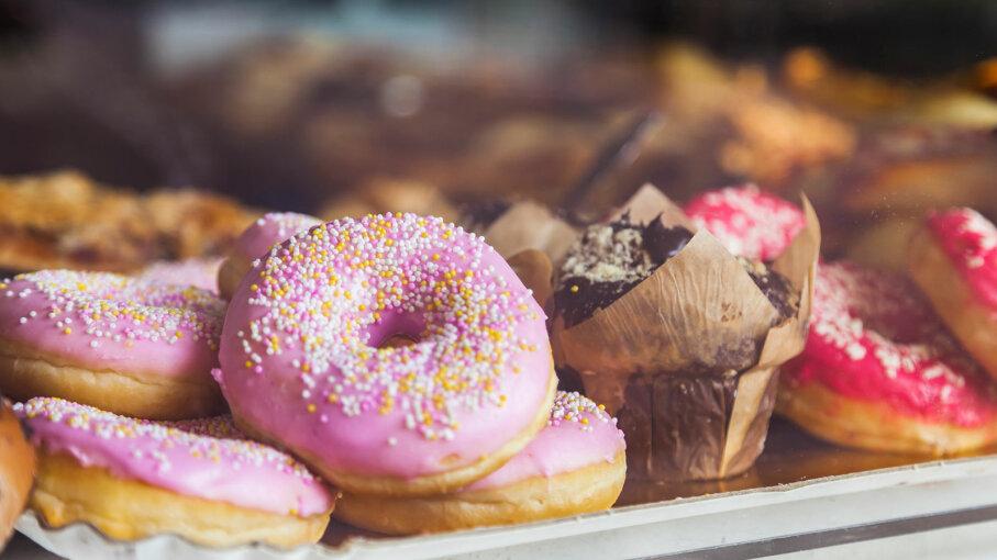 doughnut, muffin