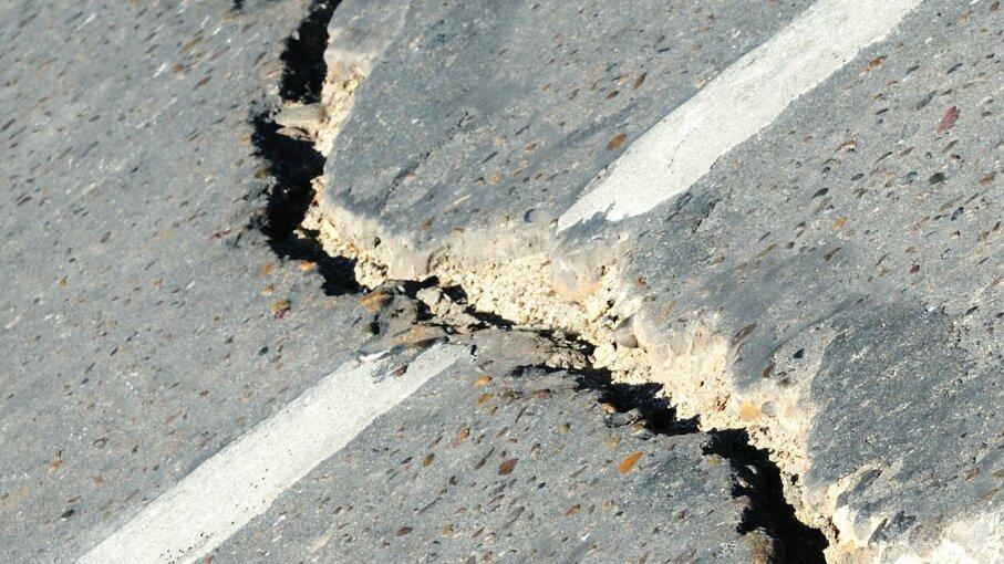 cracks street driveway