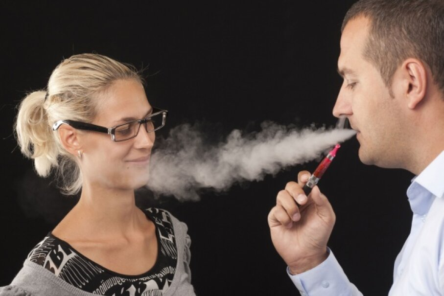 Even if it's vapor, this is incredibly rude.  ©-goldy-/iStock/Thinkstock