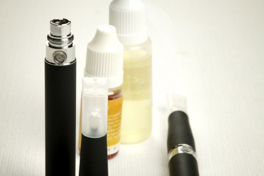 It doesn't take much liquid nicotine to achieve a lethal dose. © Milacroft/iStock/Thinkstock