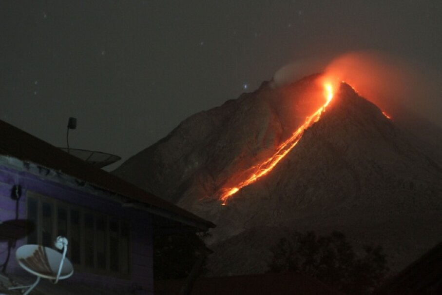 Mount Sinabung erupting in Indonesia in June 2015 © Yudha Lesmana/Demotix/Corbis