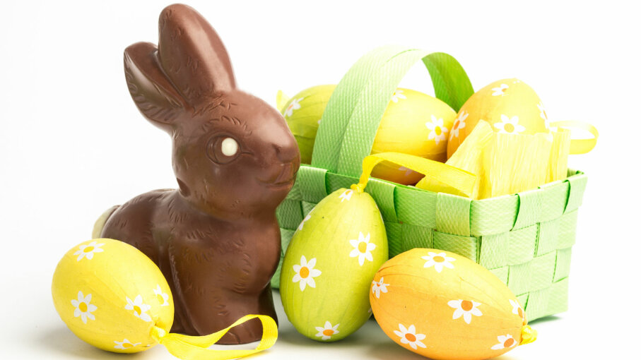 Easter basket with eggs and chcolate rabbit