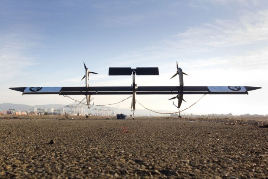 In this photo of Makani's test of Wing 7 in Alameda, California in late 2011, you can see the energy-generating turbines mounted on the structure. ©Makani Power, A. Dunlap, 2011