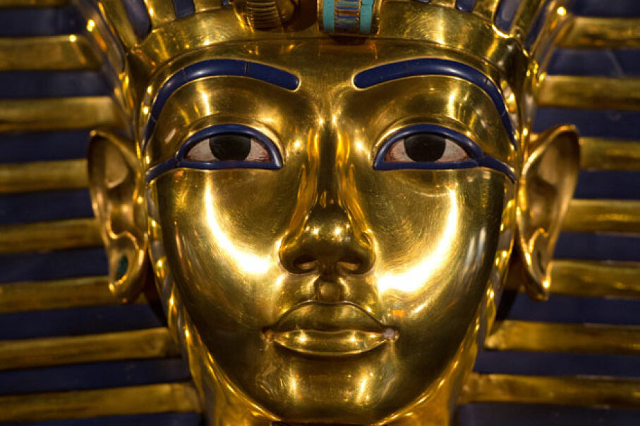 Because artifacts related to King Tutankhamen are extremely popular with museum goers, a genuine statue of one of his relatives would be a huge visitor draw for a museum. © SOEREN STACHE/AFP/Getty Images