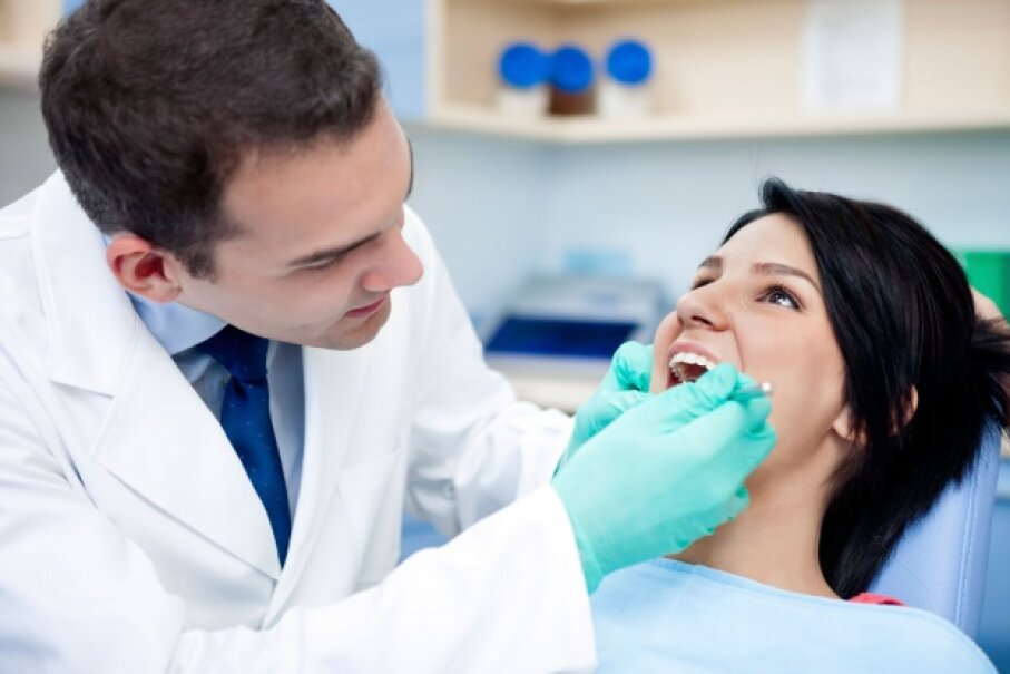 Dentists have great careers, but their job isn't considered the happiest.  ©iStock/Thinkstock